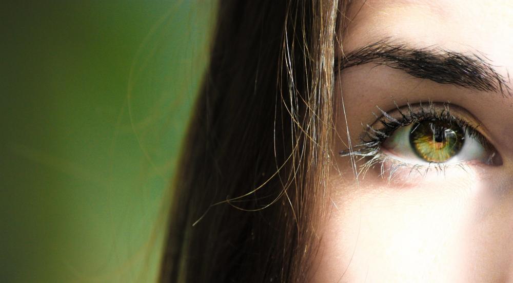 5 Langkah Buat Mata Indahmu Semakin Berkilau