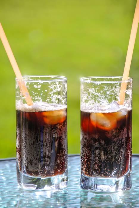 Bahaya minuman soda bagi ibu melahirkan
