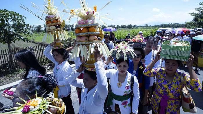 Tradisi unik mendhak tirtha umat Hindu di Boyolali