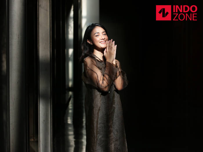 Sering Jadi Tempat Curhat Dimanfaatkan Rahmania Astrini Bikin Lagu