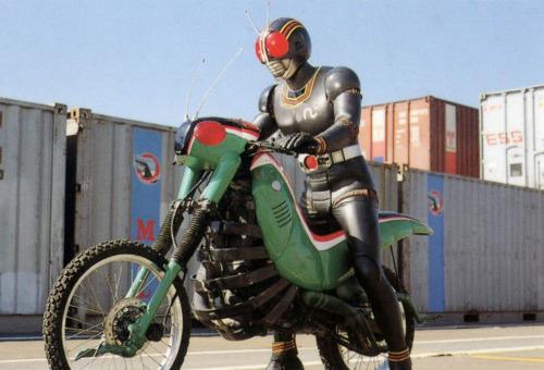 Kamen Rider Black, salah satu tokustasu populer di Jepang