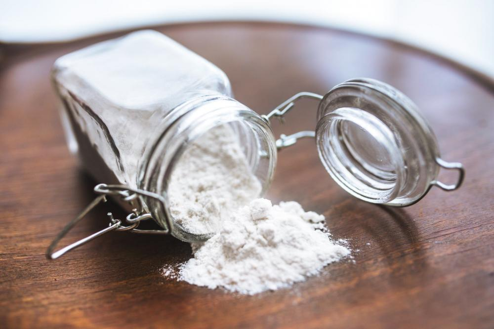 cara alami menghilangkan ketombe dengan baking soda