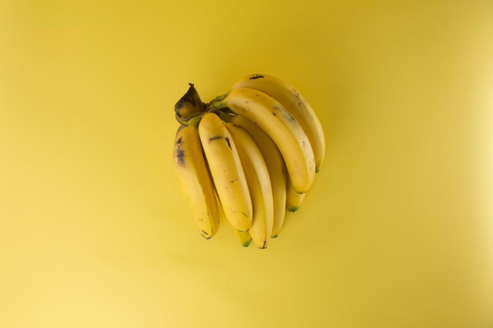 cara menghilangkan ketombe dengan buah pisang