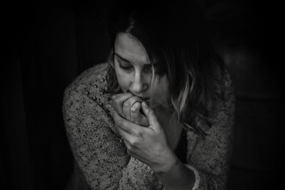manfaat meditasi mengatasi cemas dan khawatir