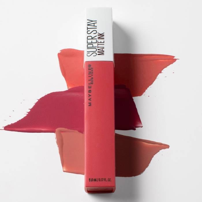 3 Lipstik Bertekstur Ringan, Cocok Digunakan saat Meeting Virtual
