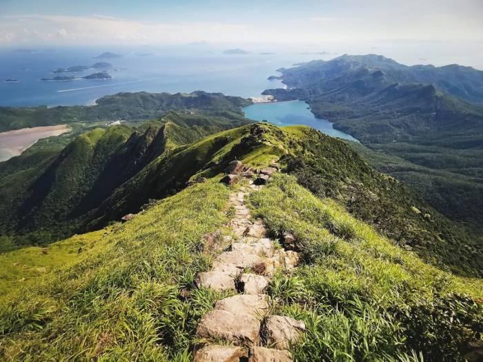 pulau lantau hong kong