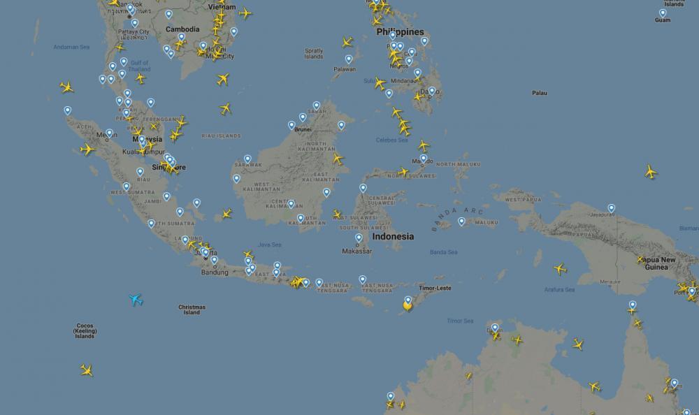 Penampakan langit Indonesia di situs Flightradar24