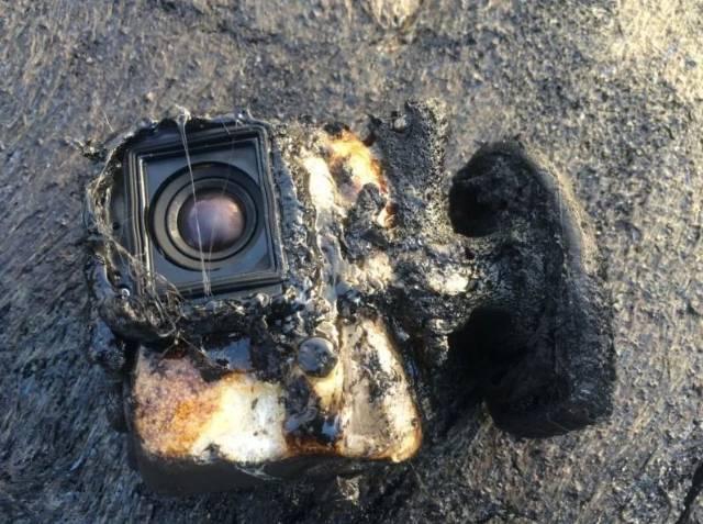 Kerusakan yang ditimbulkan lava tersebut cukup parah.