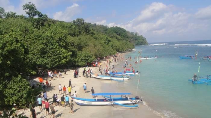 tempat belanja souvenir wisata pantai pangandaram