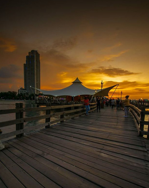 Tempat wisata alam seru Pantai Ancol Jakarta