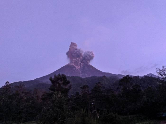 5 Fakta Gunung Merapi yang Kembali Erupsi