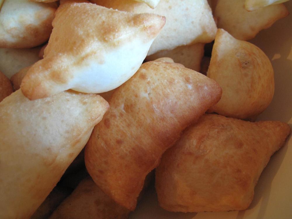 Roti Goreng Borsok.