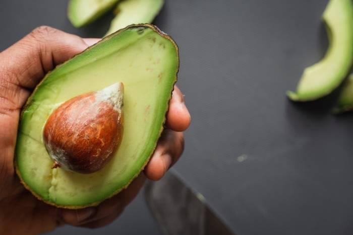 alpukat makanan sehat berserat tinggi melancarkan pencernaan