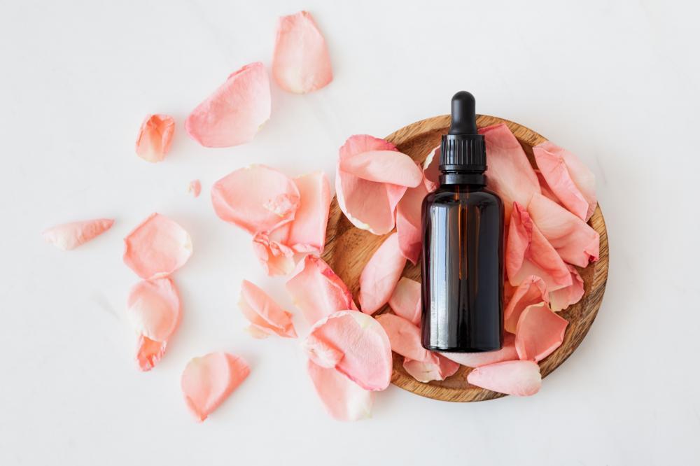 Manfaat Ekstrak Bunga Mawar untuk Kecantikan Kulit