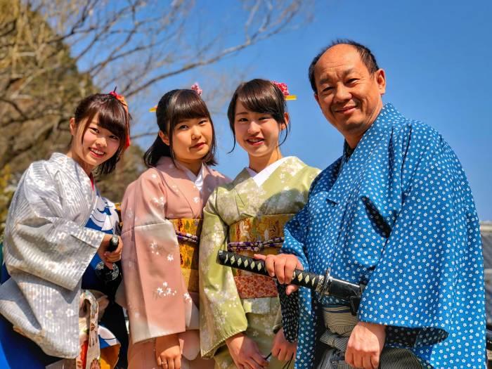 pakaian tradisional di dunia