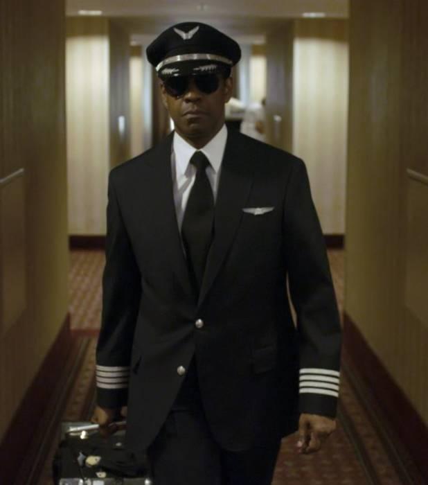 Flight (2012) - (Paramount Pictures)