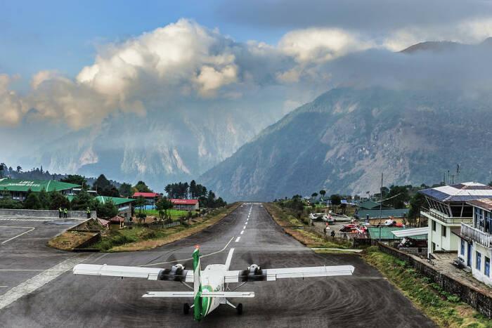 Bandara Tenzing Hillary di Lukla, Nepal