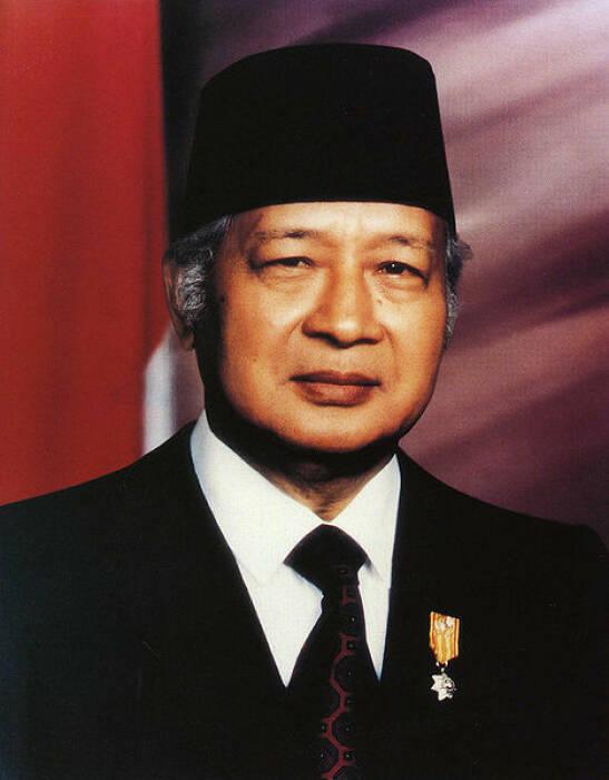 Soeharto (Wikipedia/5 Tahun Masa Bakti Bapak Try Sutrisno).