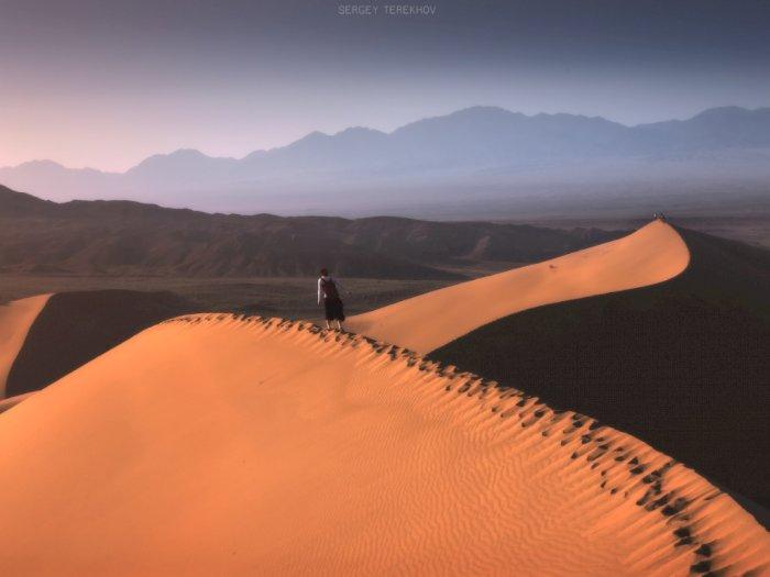 Nyanyian Misterius di Gurun Pasir Kazakhstan