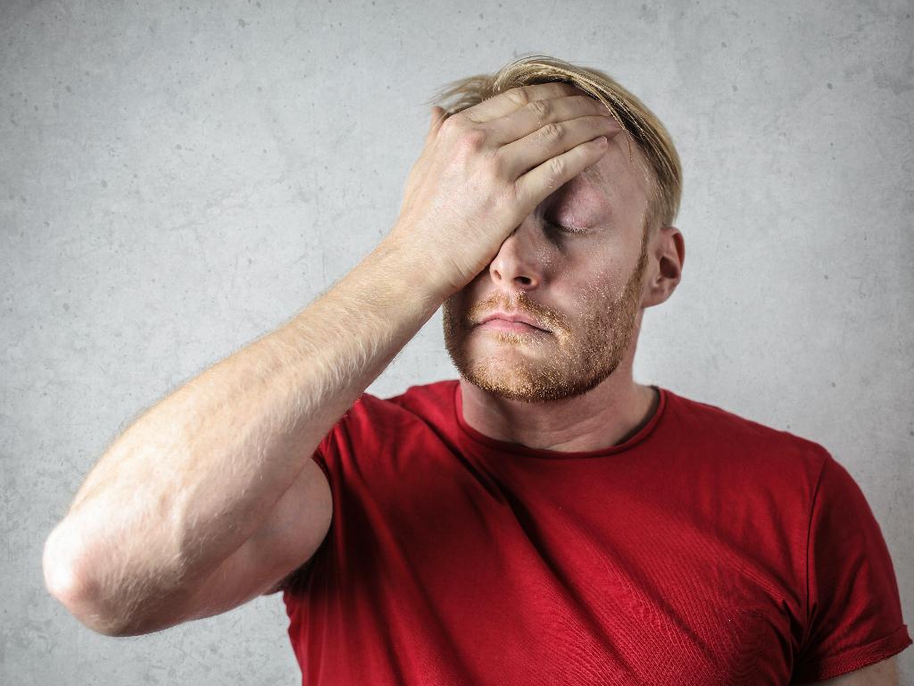 Sakit Kepala Terus-menerus Bisa Menjadi Kamu Menderita 3 Penyakit Ini