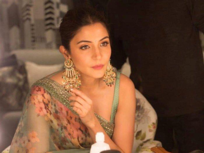 Tak Mahal Ini Deretan Rahasia Cantik ala Artis Bollywood