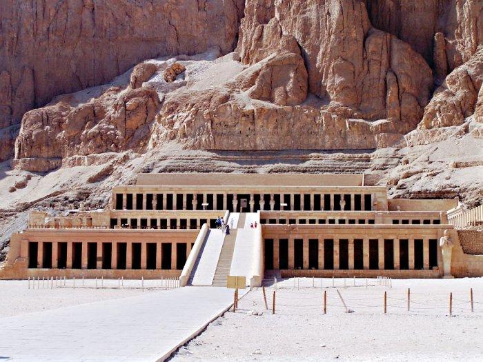 Kuil Hatshepsut Simbol Kesuksesan Ratu Mesir Kuno Hatshepsut