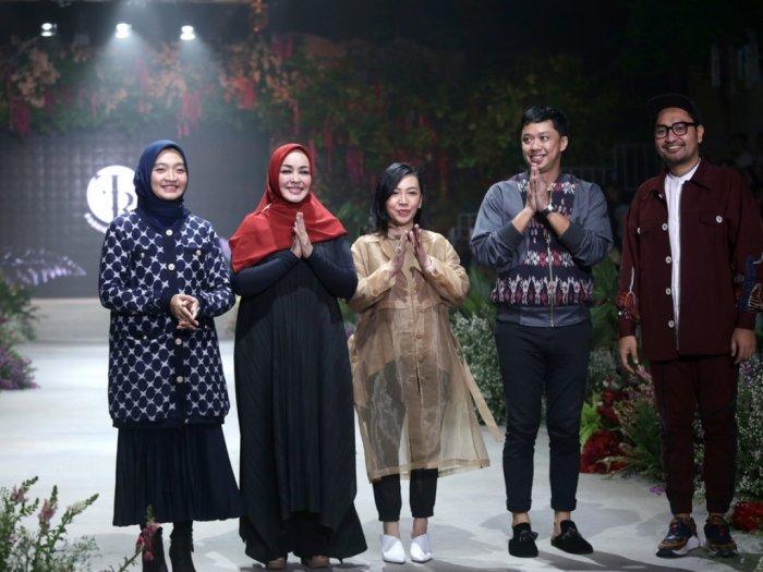 Parade Penutupan Fashion Rhapsody Beri Pesan Untuk Cintai Lingkungan