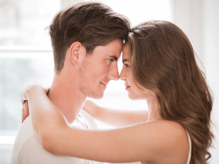 Istri Perlu Lakukan 3 Hal Ini Untuk Menciptakan Keintiman dengan Suami
