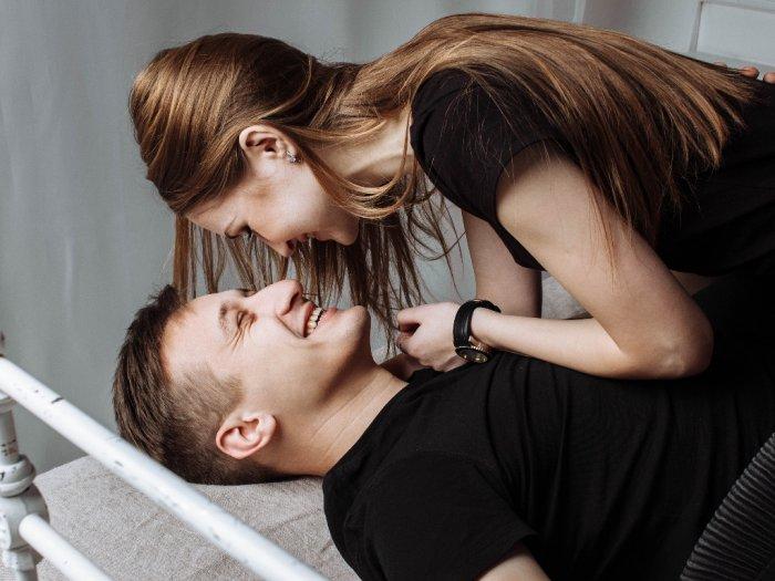 Pria Harus Tahu Ini Area Sensitif Wanita yang Bikin Terangsang