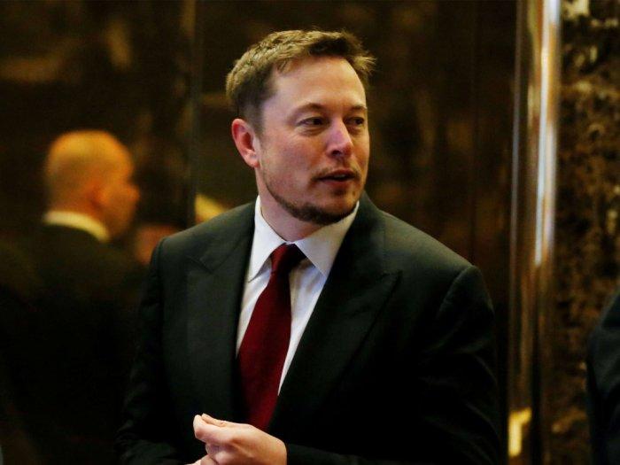 Elon Musk Takut Jika Tidak Ada Peluang untuk Tinggal di Bulan dan Mars