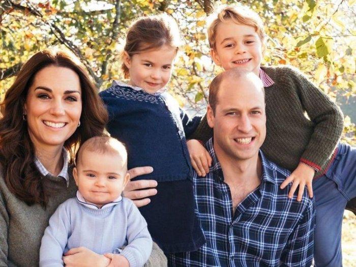 Ternyata Kate Middleton Juga Suka Belanja Pakaian Bersama Anaknya