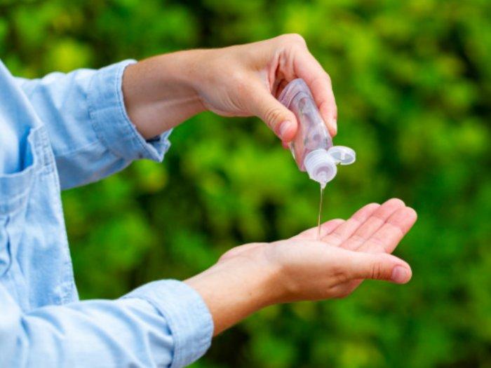 Ternyata Virus Nggak Bisa Mati Hanya dengan Hand Sanitizer