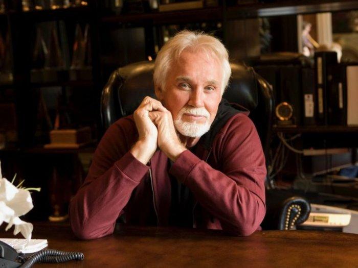 Kabar Duka Musisi Kenny Rogers Meninggal Dunia