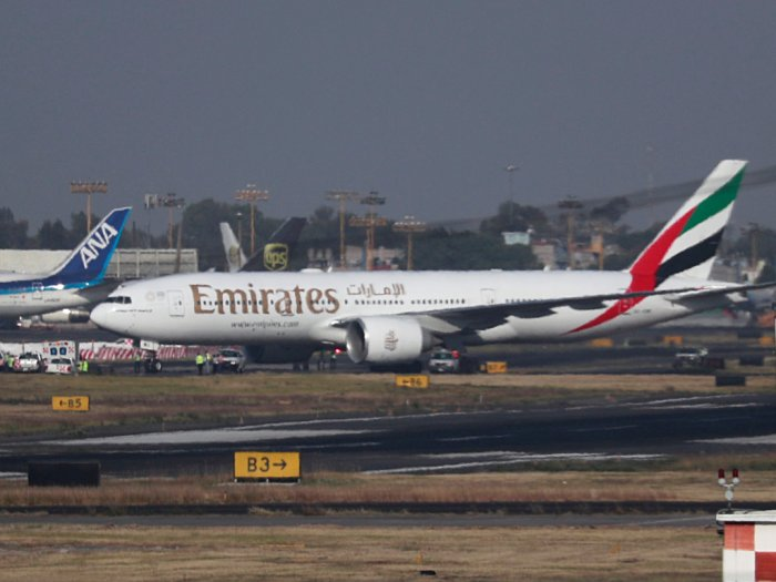 Setop Beroperasi Emirates Potong Gaji Karyawannya