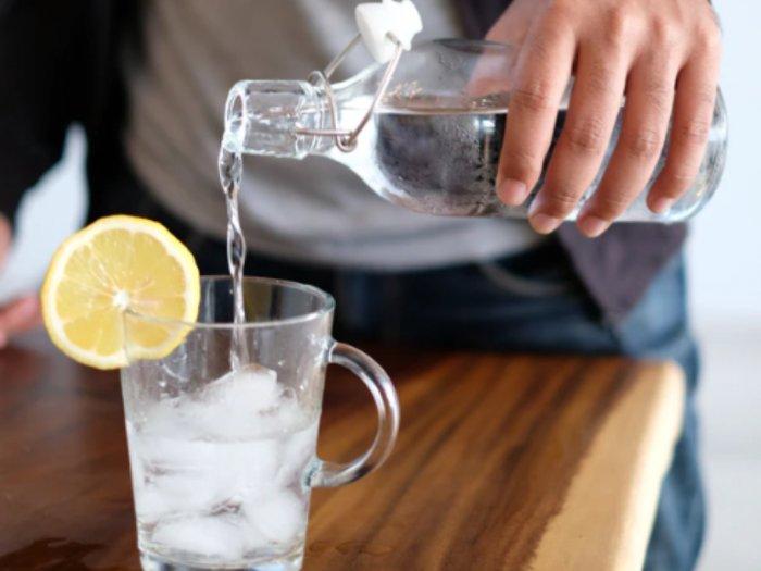 Manfaat Air Mineral untuk Menjaga Stamina Tubuh di Tengah Serangan Virus