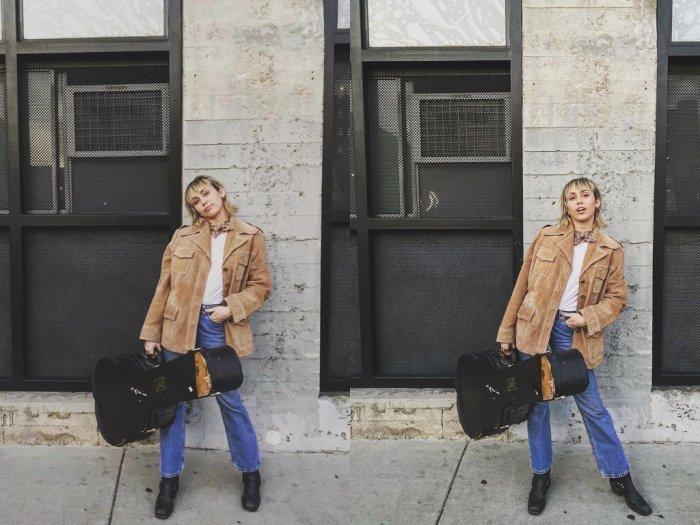 Aktris Miley Cyrus Percaya Bahwa Pandemi Corona Memberi Dampak Positif