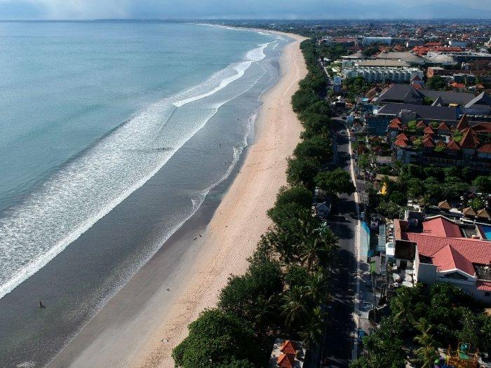 Sebanyak 40 Akses Masuk Pantai Kuta Bali Ditutup