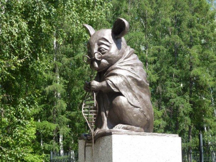 Ada Monumen Khusus Tikus Percobaan di Rusia