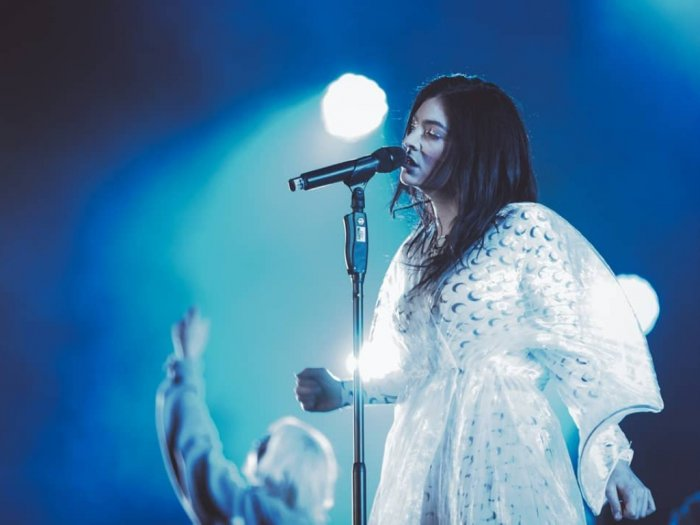 Sempat Vakum Penyanyi Lorde Akhirnya Bermusik Lagi