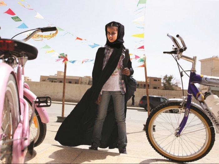 Sinopsis Film ampquotWadjda - 2012ampquot Perjuangan Anak Perempuan yang Ingin Mengendarai Sepeda