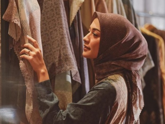Cara Merawat Busana Muslim agar Tidak Bau Apek dan Tahan Lama