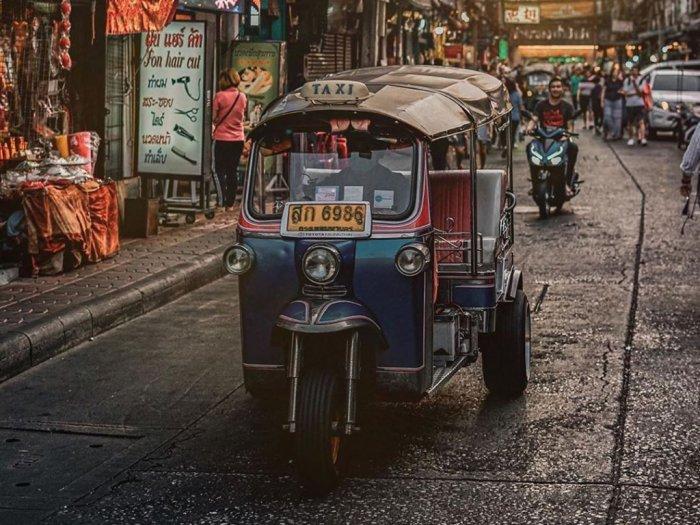 Karena Corona Tuktuk di Thailand Jadi Berubah Fungsi