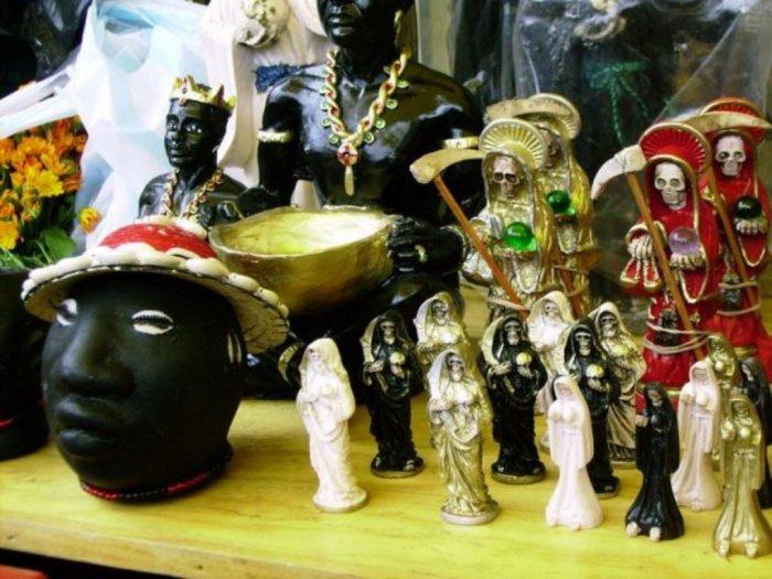 Sekte Santa Muerte yang Membunuh Demi Tumbal Persembahan
