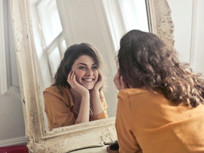 Berhenti Pakai Makeup Memberikan Manfaat Bagi Kulit dan Mental