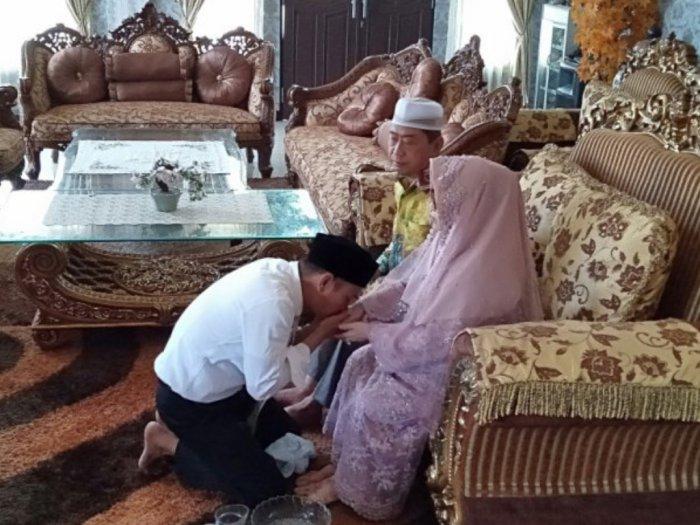 6 Tradisi Lebaran di Indonesia dari Sungkeman Hingga Bagi-bagi THR