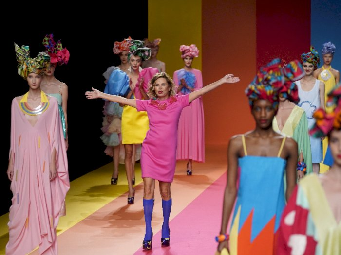 Begini Peragaan Busana Madrid Fashion Week 2020 di Tengah Pandemi Corona