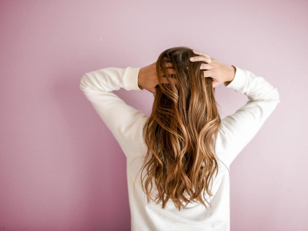4 Kiat Sederhana Buat Rambutmu Cepat Panjang