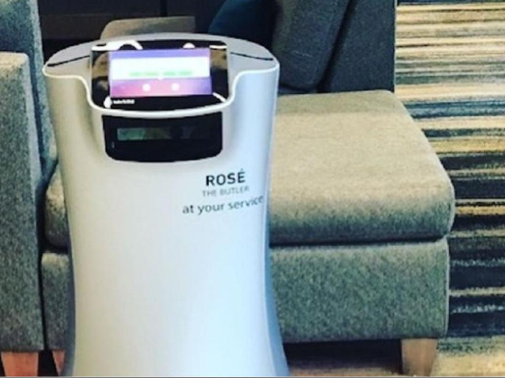 Hotel di California Gunakan Jasa Robot Selama Pandemi Corona