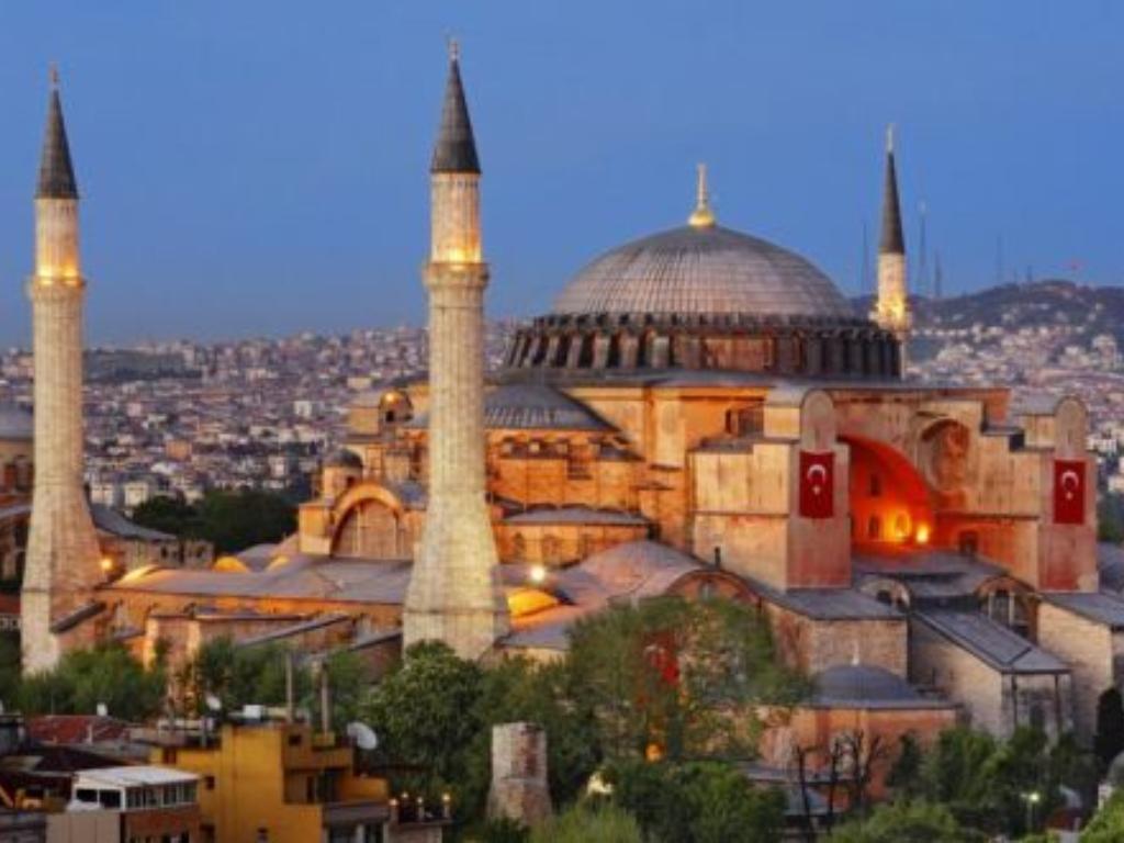 Begini Perjalanan Hagia Sophia Kembali Menjadi Masjid