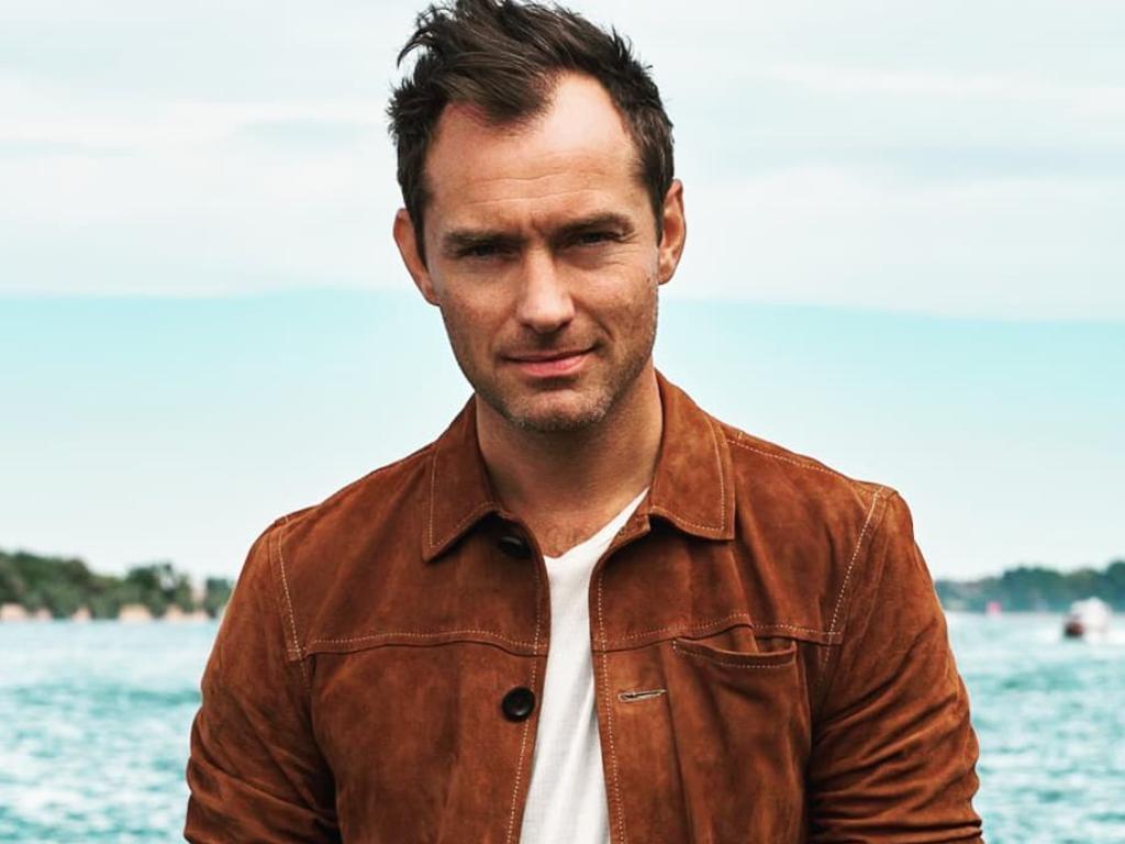 Jude Law Dalam Pembicaraan Menjadi Captain Hook di quotPeter Pan amp Wendyquot